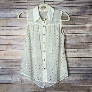 Pearl Sleeveless Button down blouse S